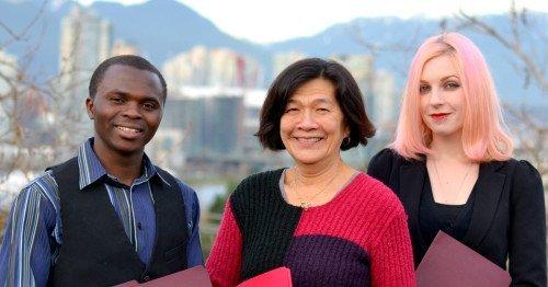 Trois étudiants du programme LINC